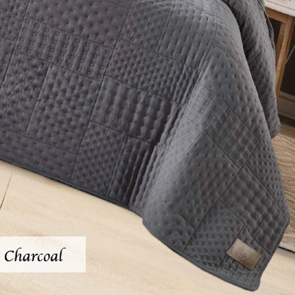 Charcoal_patchwork__1599652797_94